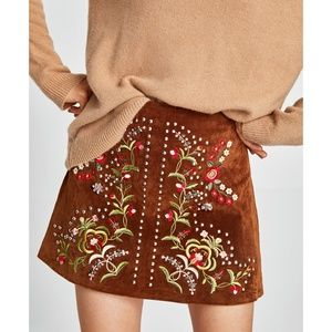ZARA EMBROIDERED LEATHER MINI SKIRT-4369/252-XS, M
